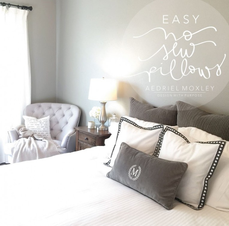 EASY-NO-SEW-PILLOW-GRAPHIC