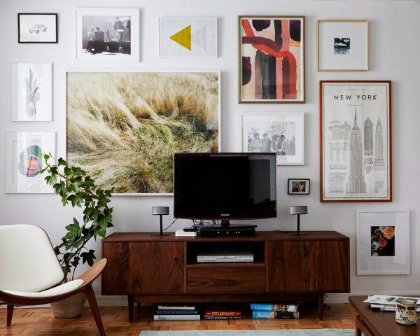 gallery-walls-hide-your-tv